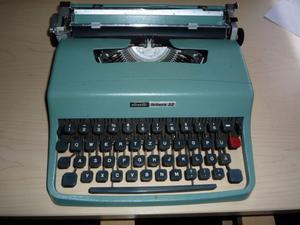 Olivetti Lettera 32 con custodia originale