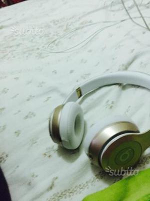 Beats solo2 wireless le