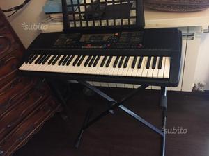 Tastiera elettronica musicale Yamaha