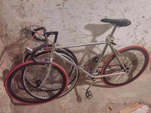 Bici single speed + ruote in omaggio