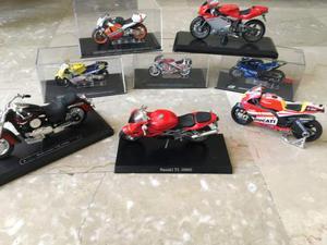 Blocco 8 modellini moto