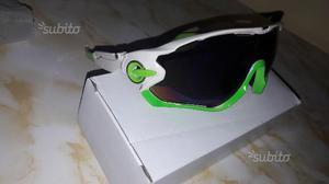 Occhiali sportivi per bici da corsa