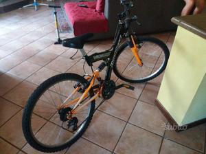 Bicicletta ragazzo 8-14 anni Mountain Bike