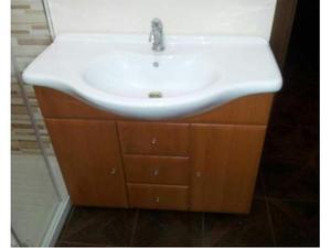 Composizione mobile bagno