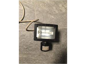 Lampada da esterno con sensore di movimento