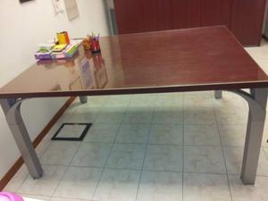 Stock mobili ufficio usati poche settimane posot class for Mobili studio casa