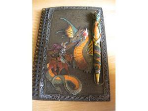 Quaderno con copertina in ceramica con Drago ricamato +