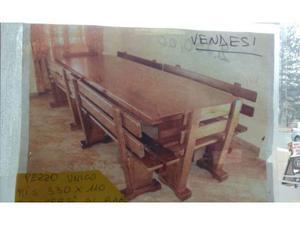 Tavolo in legno massello con panche