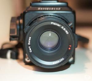 Hasselblad 503cx + Lente Zeiss planar mm T