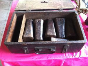 6 mortai pirotecnici in ferro del  con custodia in legno