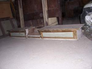 Alzata in legno laccata