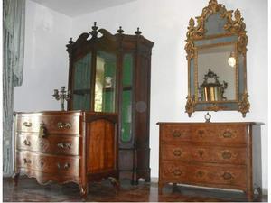 Stock lotto antichi mobili antiquariato del 700 e 800