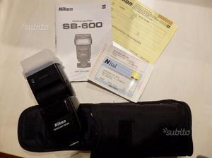 Flash Nikon SB600 (Nital)