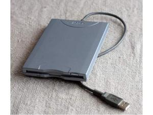 Lettore floppy USB x pc e notebook.