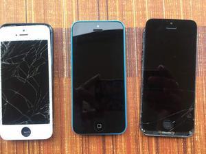 Lotto di 3 iPhone uno 5c due normali
