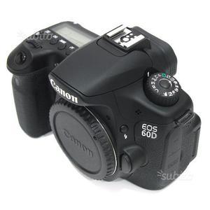 Canon EOS 60D + Obiettivi e Accessori