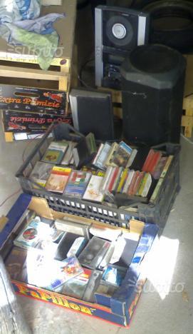Stereo a cassetta funzionante più cassette