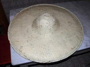Cappello indonesiano