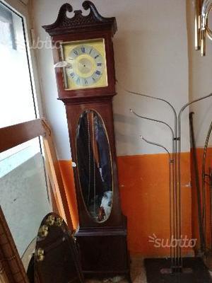 Regalo orologio a pendolo da revisionare