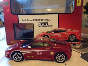 Macchina Ferrari radiocomandata