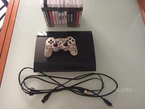 PS3 Super Slim 12GB + 13 giochi