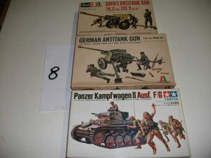 Lotto n.8 - composto da 3 kit figurini militari 1/35