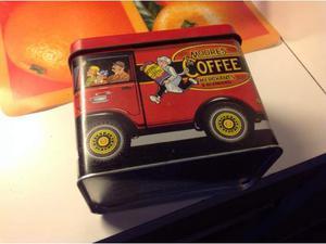 Scatole di latta caffè e the