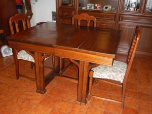 Tavolo antico in noce con 4 sedie