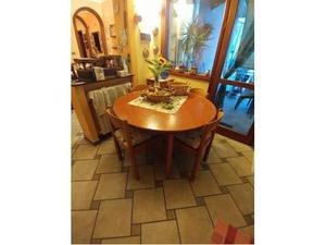 Tavolo in legno ALLUNGABILE (8 posti)