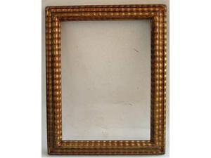 Cornici in legno dorato (29x38,5 CM)(28x25,5 CM)