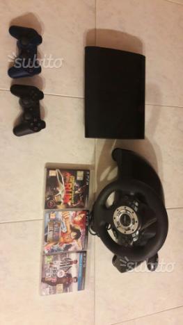 Playstation 3 ps3 con joystick originali e volante