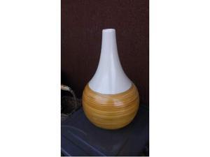 Vaso arredo moderno simple green thin glass with vaso for Prisma arredo negozi