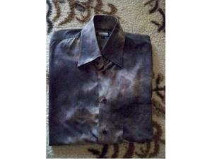 Camicia viola con sfumature chiare, taglia M