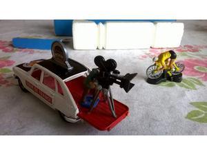 """Modellino anni 60 raro corgi toys """" renault r16 tour de"""