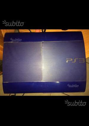 Ps3 super slim blu 500GB+ 2 controller e 4 giochi
