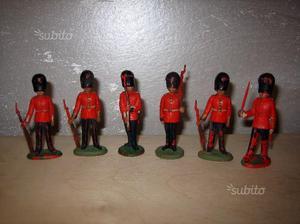 13 SOLDATINI HERALD made in england + 3 BRITAIN