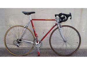 Bici da Corsa Vitus Alluminio Cambio Campagnolo
