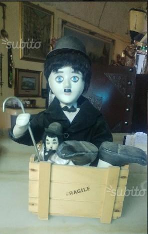 Charlie chaplin in porcellana anni