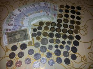 Monete e banconote vecchia lira