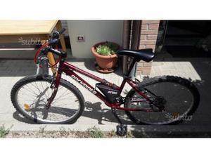 Mountain Bike da donna Colore rossa