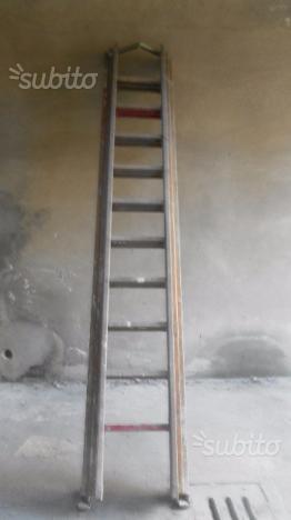 Scala allungabile fino a 7,5 metri in legno