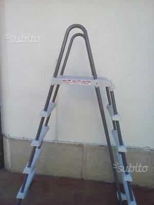 Scaletta piscina intex nuova mai usata