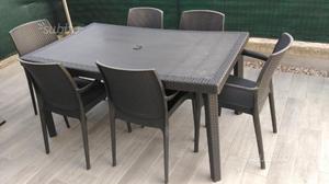 Tavolo 6 sedie in plastica rattan