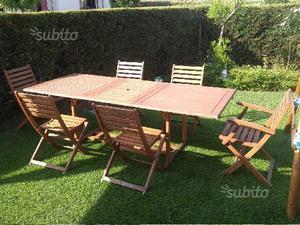 Tavolo allungabile con 6 sedie pieghevoli