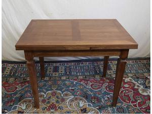 Tavolo allungabile in legno di castagno