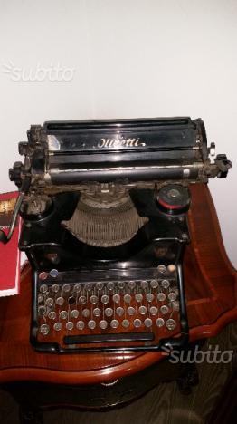 Macchina da scrivere Olivetti M40 collezione