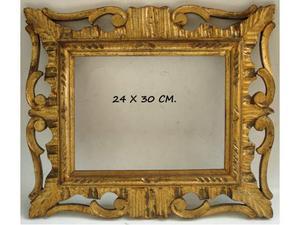Cornice in legno dorato (30X24 CM)