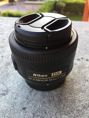 Obbiettivi Nikon DX 35 f VR
