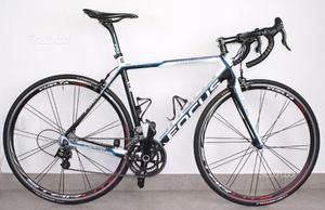 Bici corsa Focus Cayo Evo carbonio
