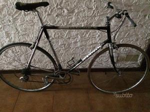 Bicicletta vintage da corsa colnago